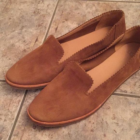 04bd9f440e5 UGG Women's Vista Leather Ballet Flats